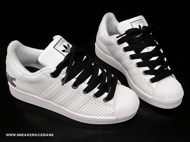 Vente de adidas superstar noir 35 Soldes