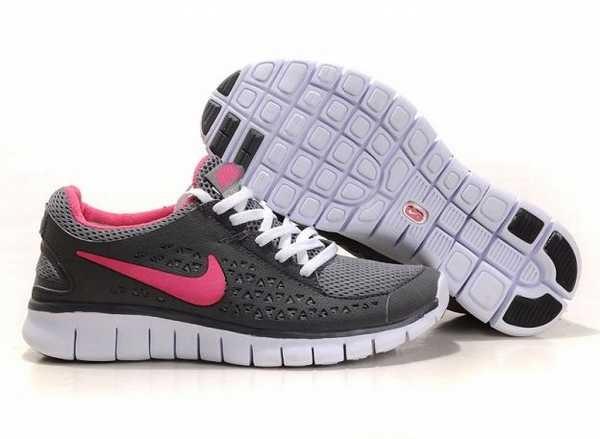 Vente de chaussure de sport femme nike pas cher Soldes